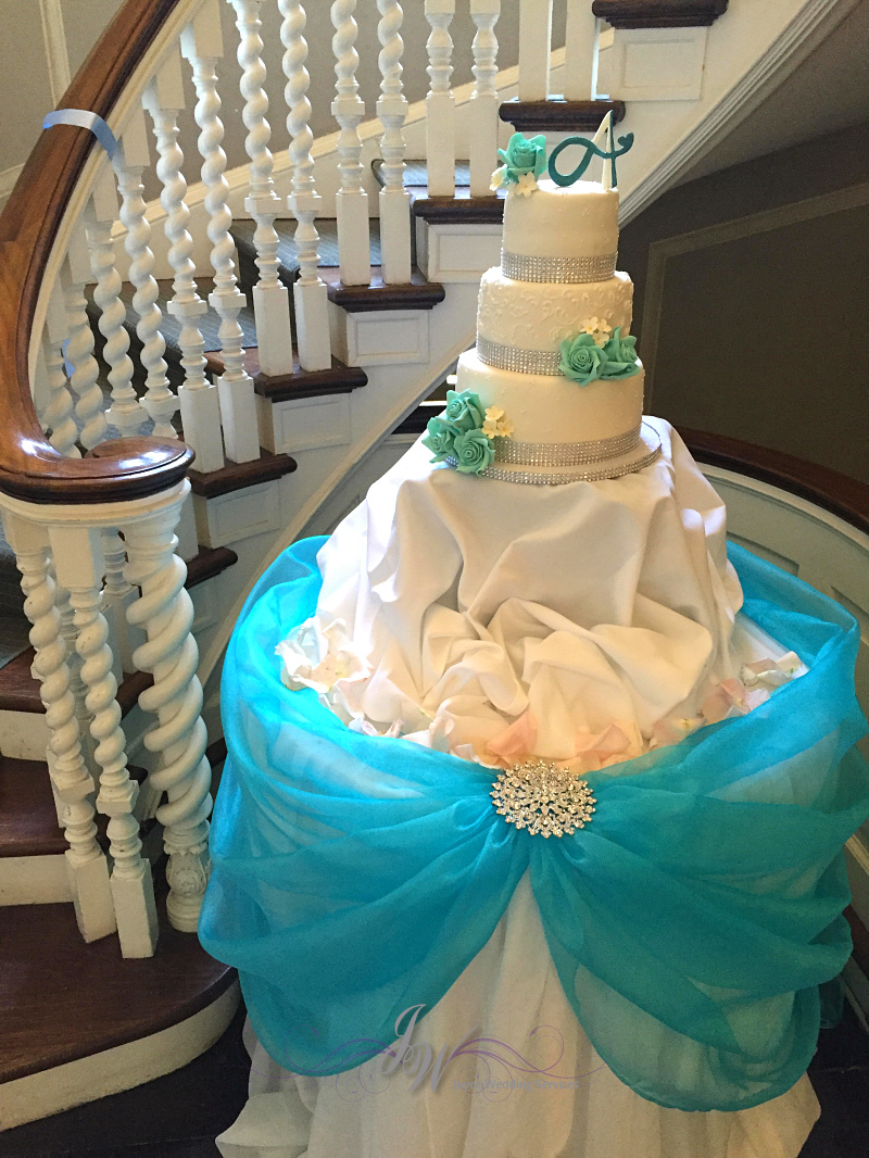 Blue Wedding Cake Table Joyce Service Jennie And Alex S At The